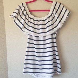 NWOT Beachlunchlounge off the shoulder top